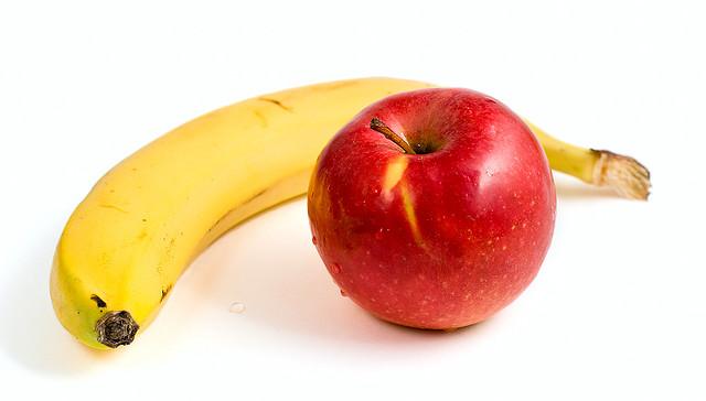 Apples bananas